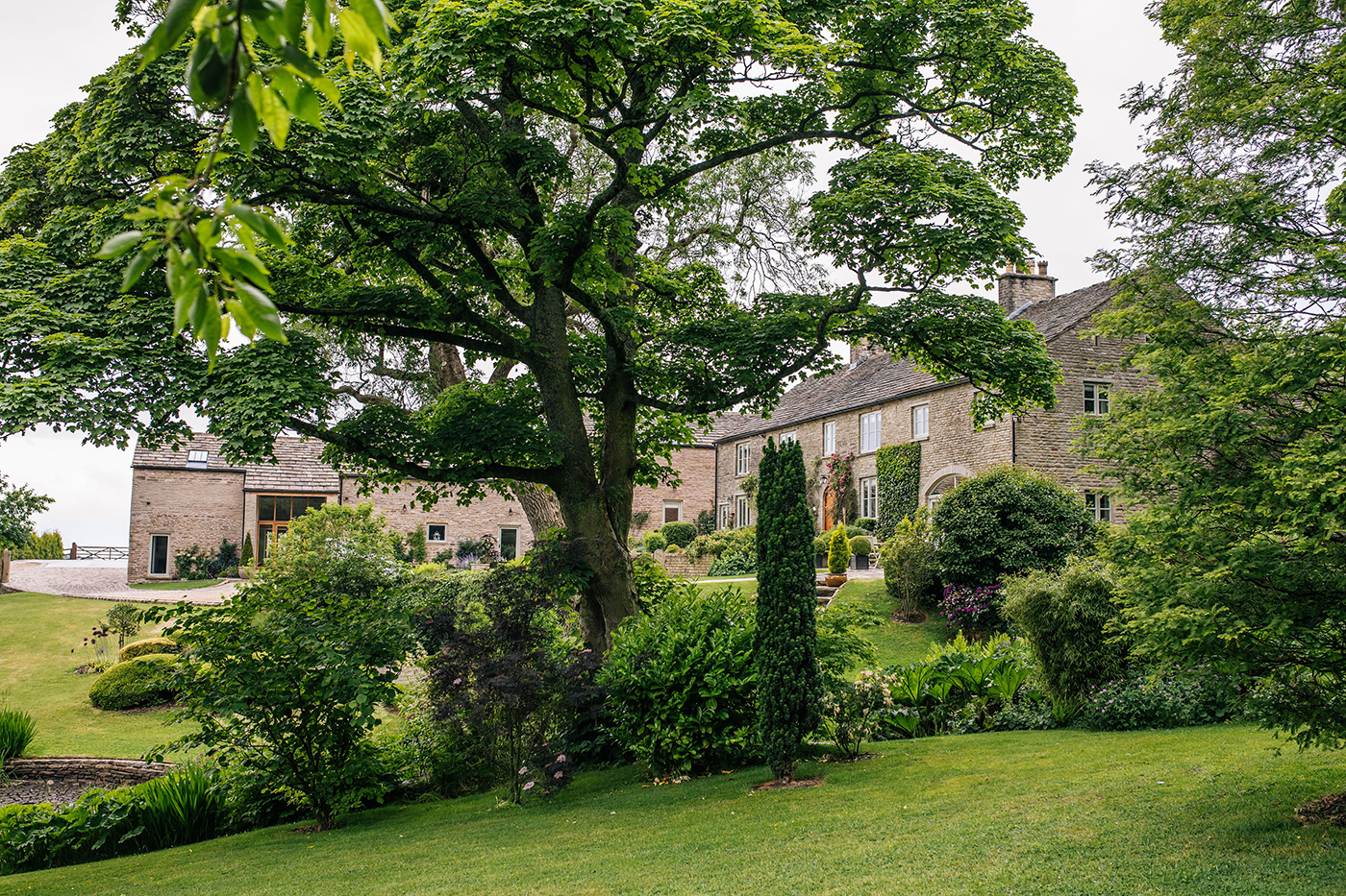 Further Harrop Farm - executive retreat and self-catering cottages in Peak District
