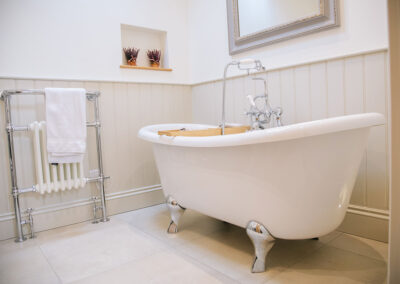 relax in the bath in The Cottage