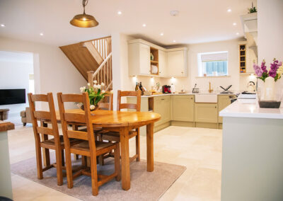 the open plan and dining space in The Cottage
